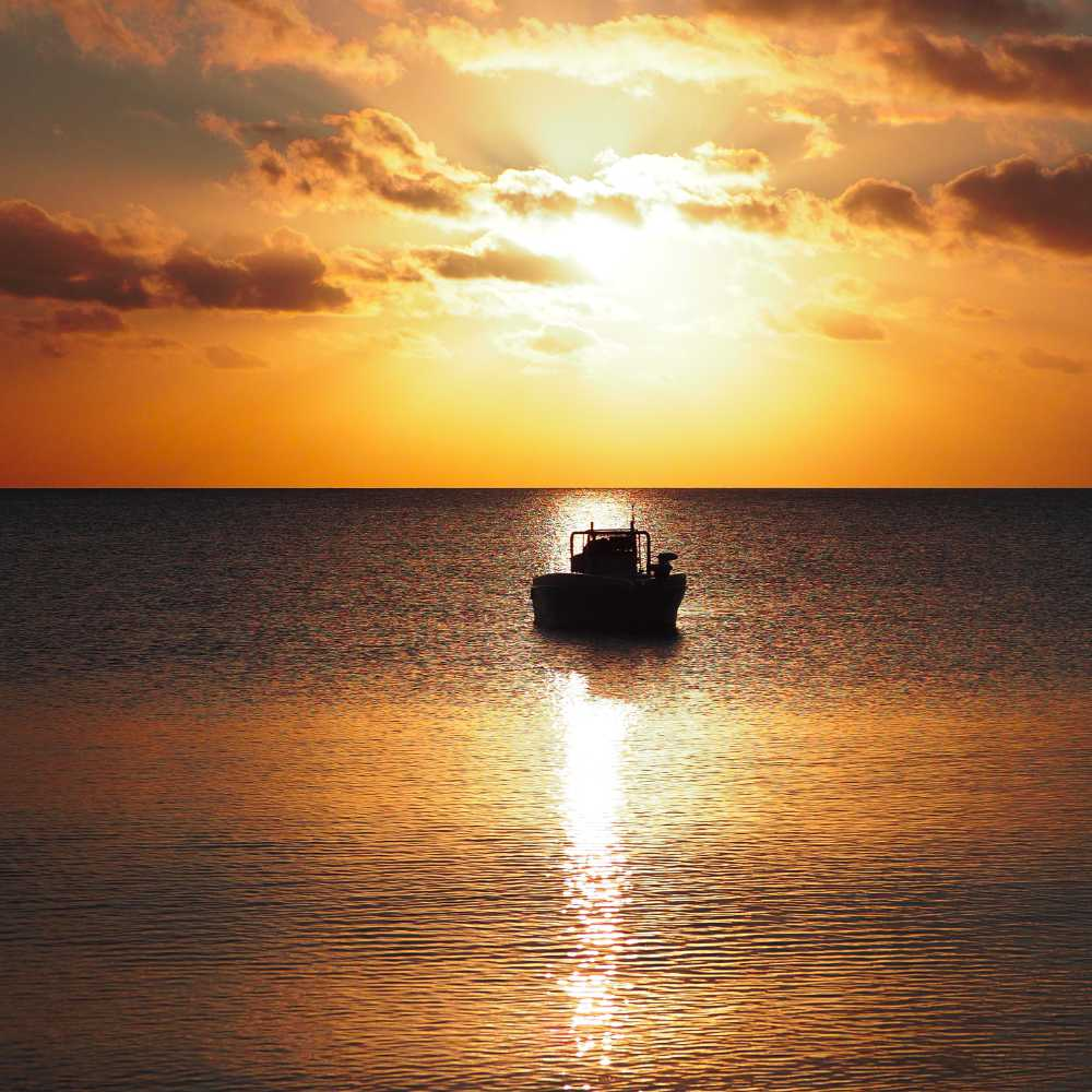 catch cook camp package - gotcha boat hire hervey bay